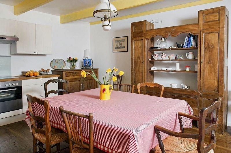 Küche, gemütlich und wunderbar ausgestattet