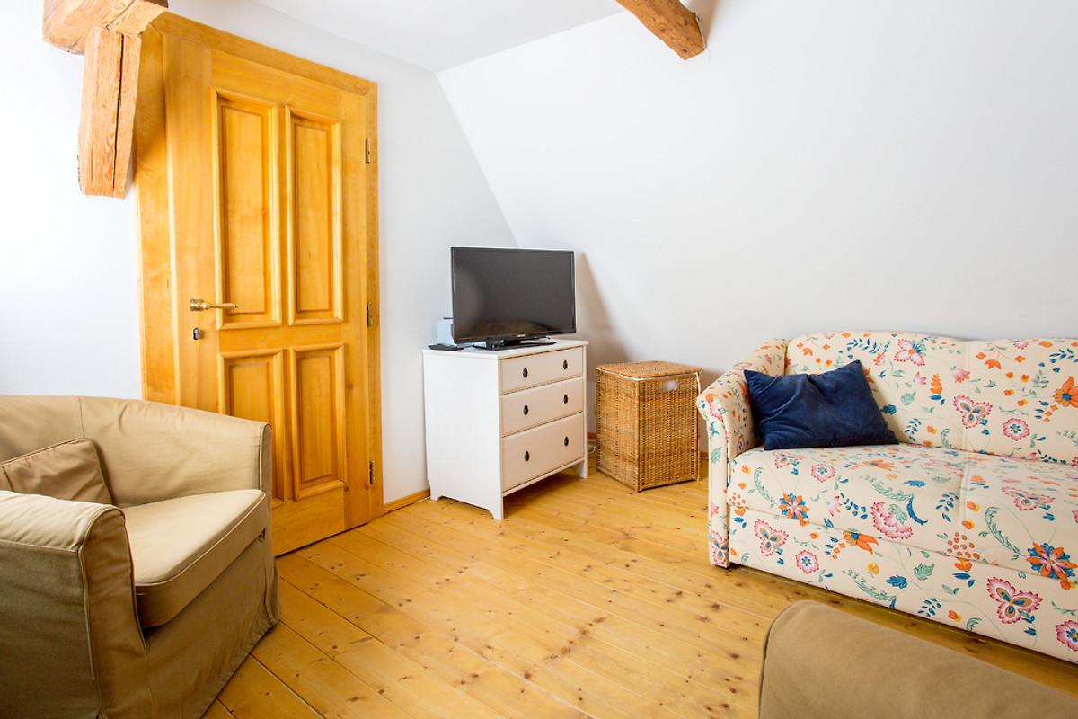 Berghof neustadt wohnung 3 ferienwohnung in neustadt in for Wohnzimmer neustadt