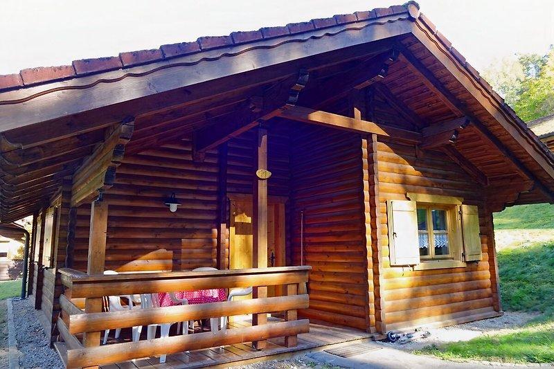 Holzblockhaus 11 am Waldrand