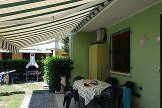 Azzurro 1-3 Schlafzimmer mit Garten