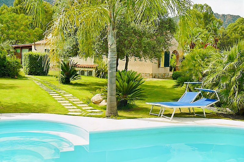 Ferienhaus ULIVI mit eigenem Pool