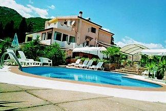 Villa STRELITZIA