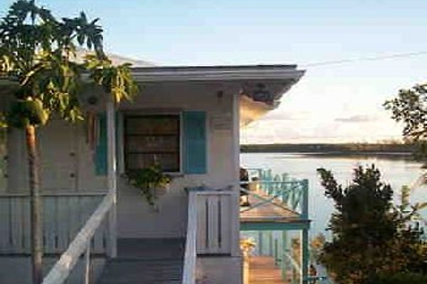 Bahama Villa in Governors Harbour - immagine 1