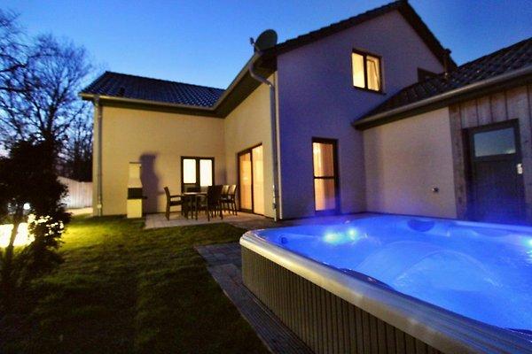 5* Luxus-Ferienhaus Casa Sueno in Göhren-Lebbin - immagine 1