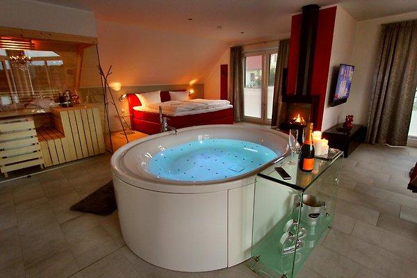 villa lifestyle honeymoon suite ferienwohnung in g hren lebbin mieten. Black Bedroom Furniture Sets. Home Design Ideas