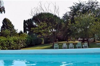 IT044: Pietrasanta Lucca