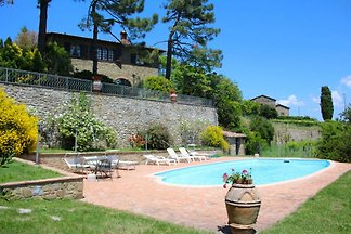 Beautiful villa 496 in near Siena