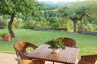 Charming country house near San Gimignano, Florence and Siena