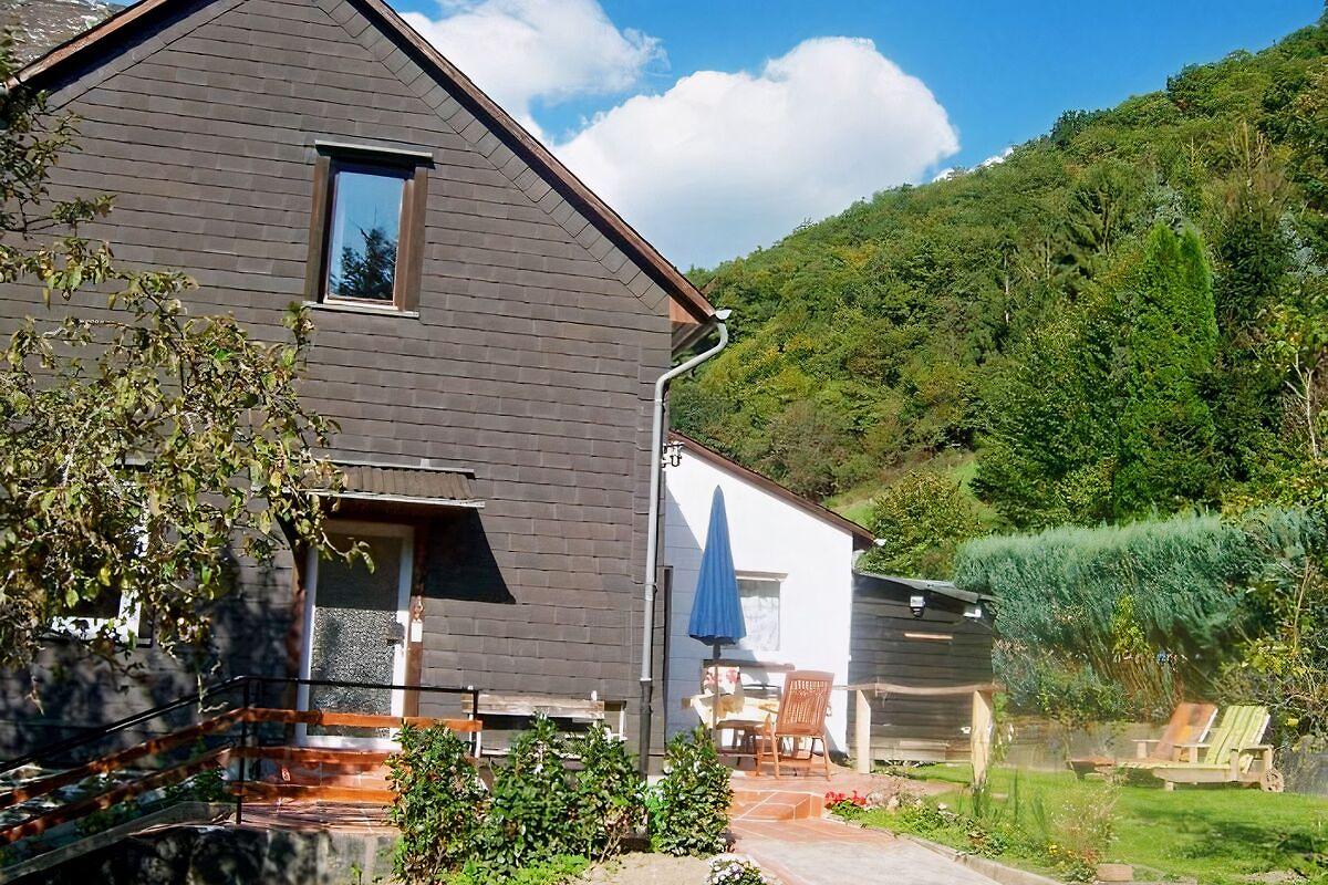 haus am wald loreley ferienhaus in sauerthal mieten. Black Bedroom Furniture Sets. Home Design Ideas