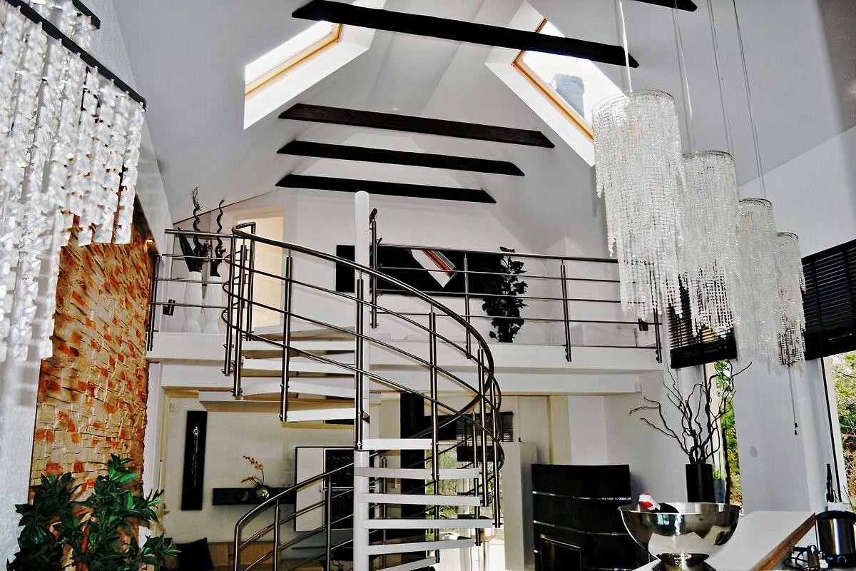Luxus ferienhaus am see ferienhaus in cz uch w mieten - Haus mit galerie im wohnzimmer ...
