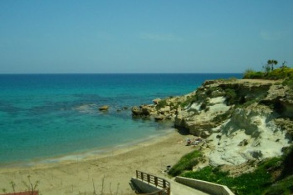 Cyprus Armonia Apartments in Paralimni - immagine 1