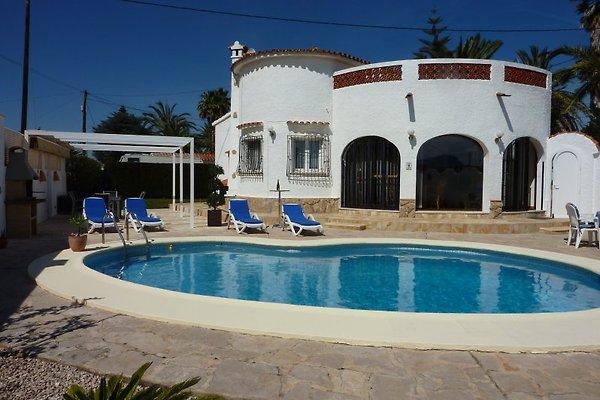 Maison Trixi à Els Poblets - Image 1