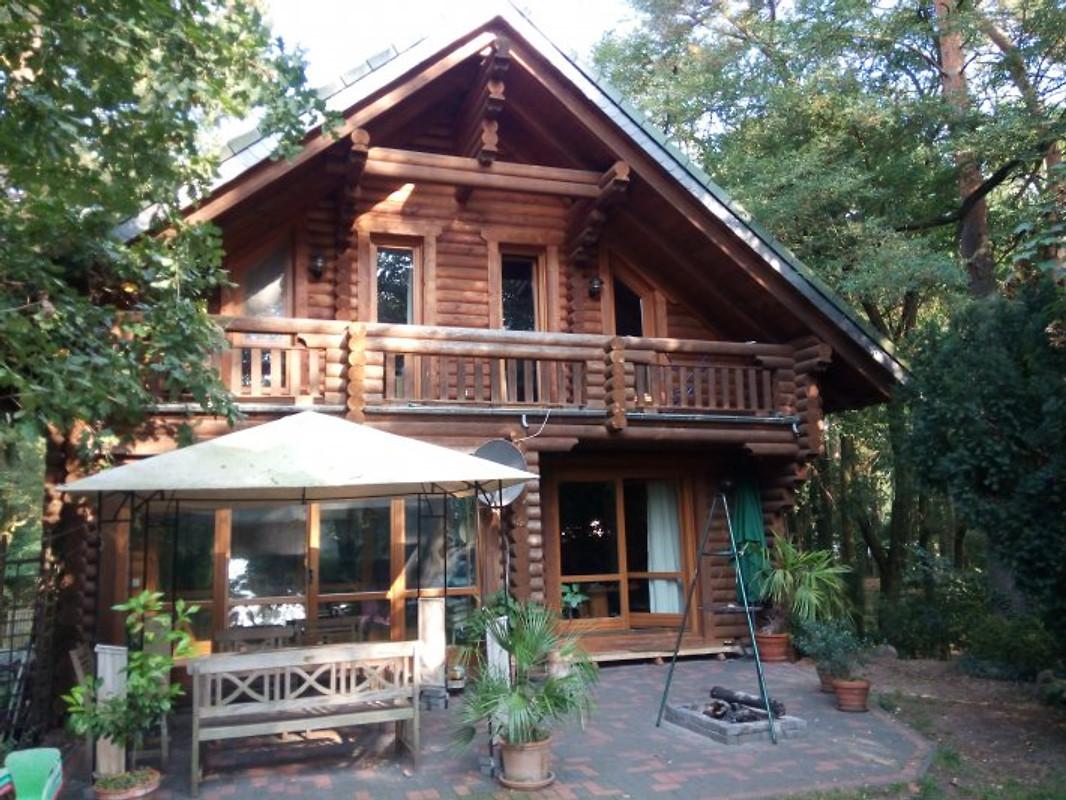 holzhaus am see ferienhaus in zernsdorf mieten. Black Bedroom Furniture Sets. Home Design Ideas