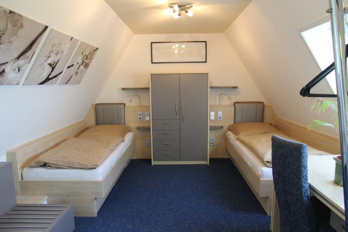 wohnen am westpark nichtraucher ferienwohnung in. Black Bedroom Furniture Sets. Home Design Ideas