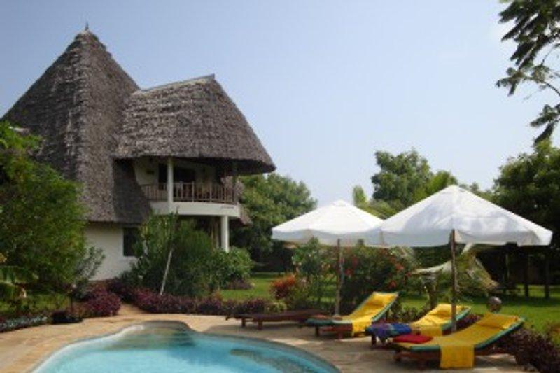 Villa Kufika mit Rondalo in Diani Beach - immagine 2