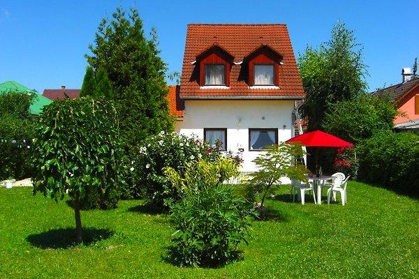 Süsses Ferienhaus zu VERMIETEN à Balatonboglar - Image 1