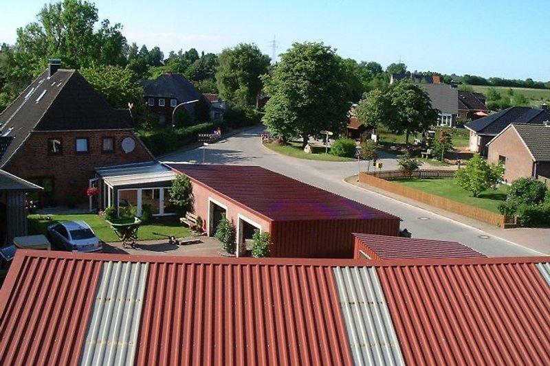 Blick aus Fenster - Dachgeschoss