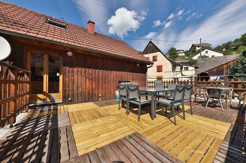 Die Terrasse mit Plancha