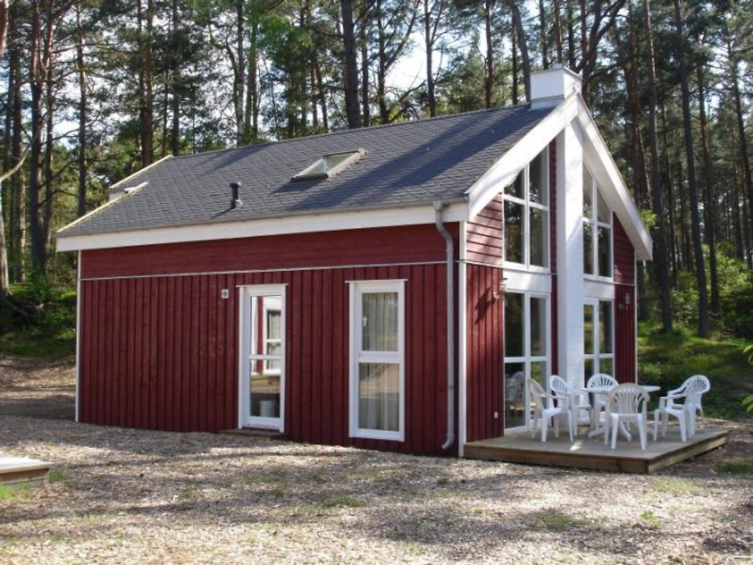 strandhaus deichkrone ferienhaus in baabe mieten. Black Bedroom Furniture Sets. Home Design Ideas