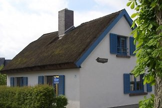 Uriges Reetdachhaus, 2-6 Per
