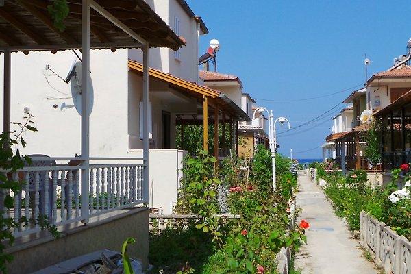 FE/HS DENIZ- KUSADASI in Sogucak - immagine 1