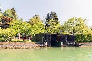 Badehaus & Boot Sattnitz Wörthersee