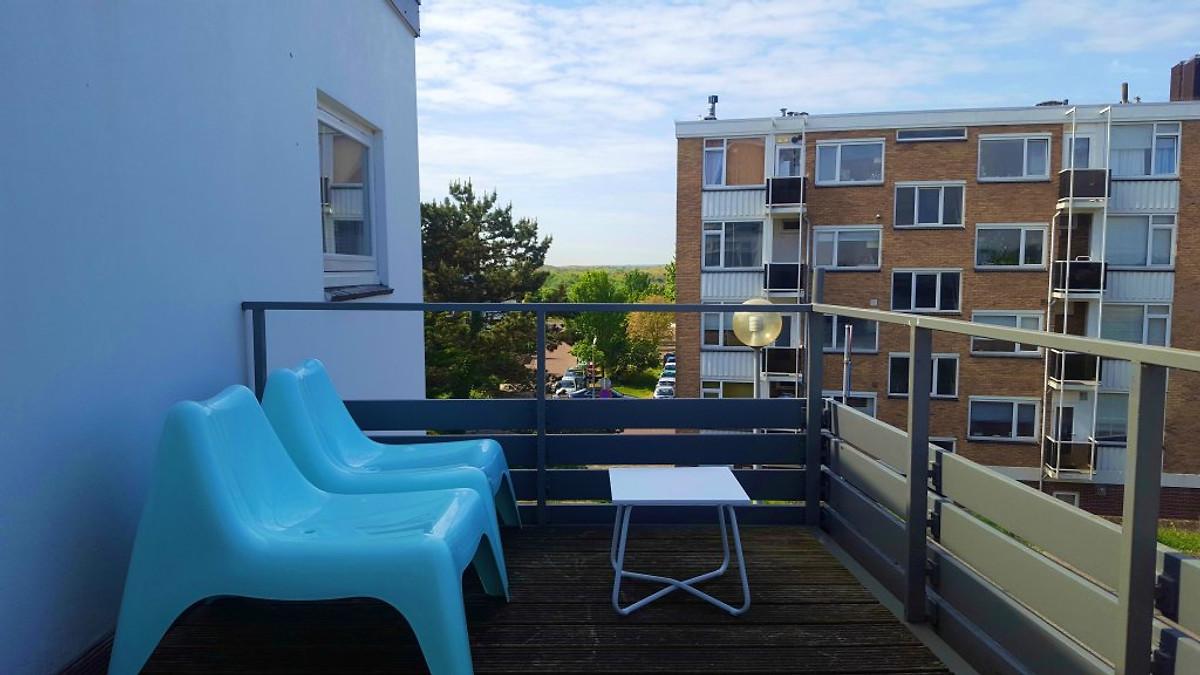 Gezellig Zonnig Balkon : Grote ideeën voor een klein balkon