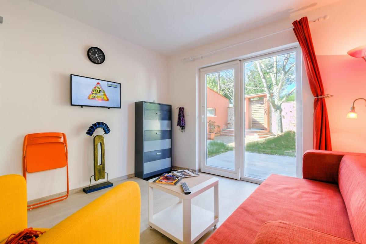 ferienwohnung shell an meer ferienwohnung in banjole mieten. Black Bedroom Furniture Sets. Home Design Ideas
