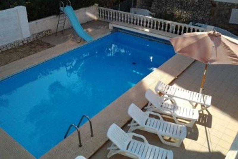 Casa barcelona ferienhaus in benissa mieten - Pool mit rutsche ...