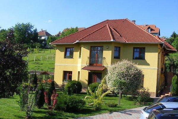 Völgy Apartmenthaus en Eger - imágen 1