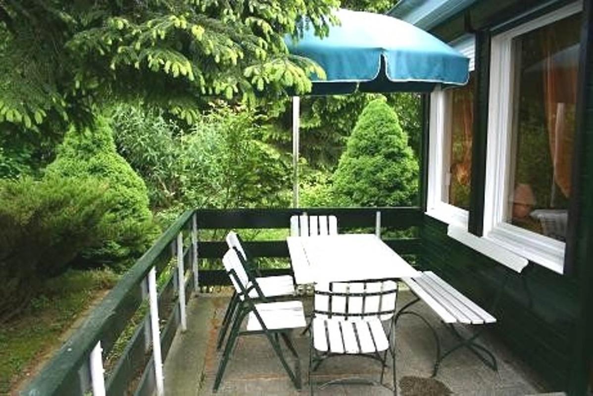bungalow mit kamin bei wernigerode ferienhaus in. Black Bedroom Furniture Sets. Home Design Ideas