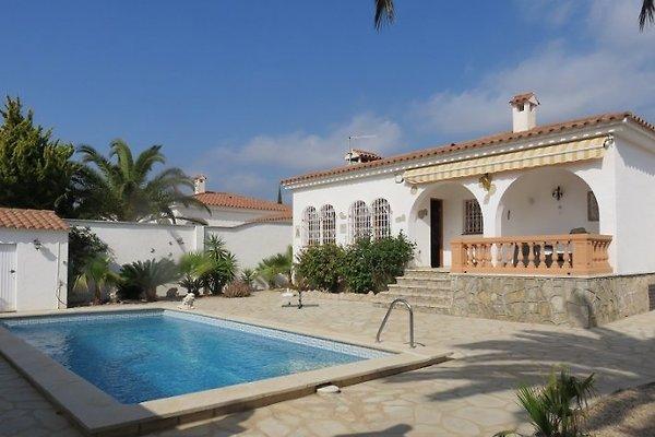 Villa Zofia en Miami Playa - imágen 1