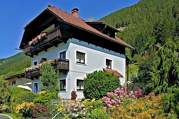 Haus Alpenrose en Weissensee -  1