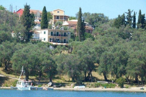 Pension Elena à Agios Nikolaos-Notos-Korfu - Image 1