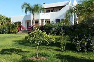 Casa Barrada 454/AL