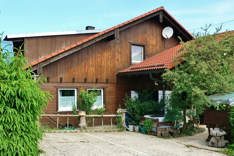 Haus Waldblick auf dem Klammerfels in 800mH.