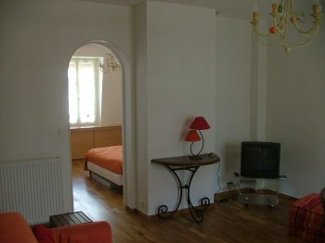 wohnung in paris ferienwohnung in paris bastille mieten. Black Bedroom Furniture Sets. Home Design Ideas