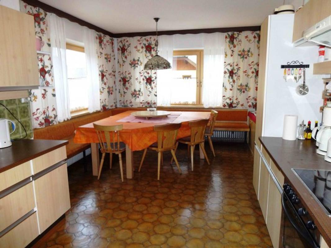 Ferienhaus julia f r 12 personen ferienhaus in for Esstisch julia