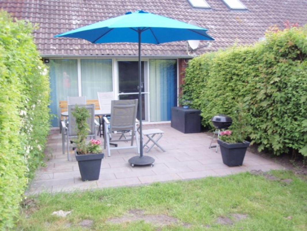 ferienhaus greetsiel nordsee ferienhaus in greetsiel mieten. Black Bedroom Furniture Sets. Home Design Ideas