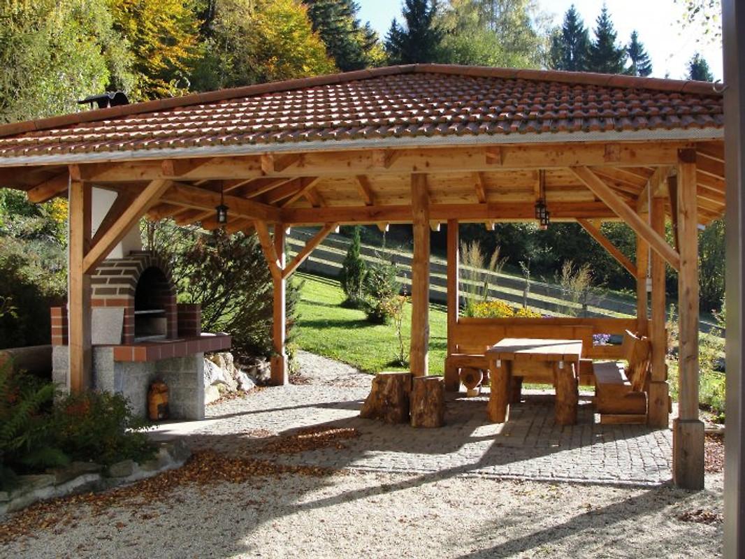 Landhaus birket nationalpark ferienhaus in hohenau mieten for Grill pavillion