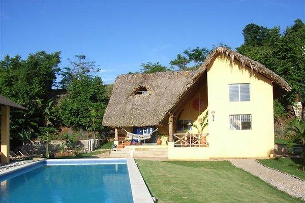 Casa Amarilla en Las Terrenas - imágen 1