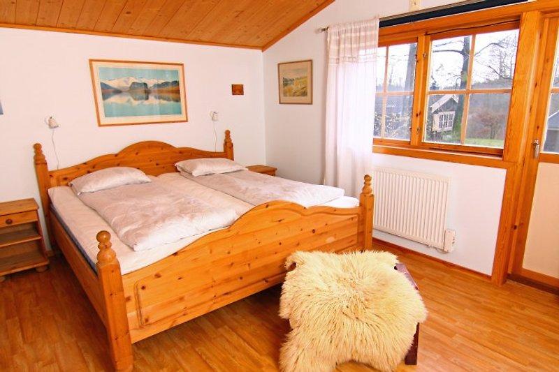 Chambre 4 8 personnes maison de vacances siml ngsdalen for Chambre 4 personnes