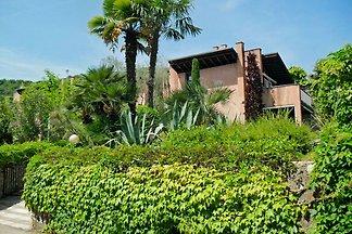 Casa Monica Garda Castio / Marciaga