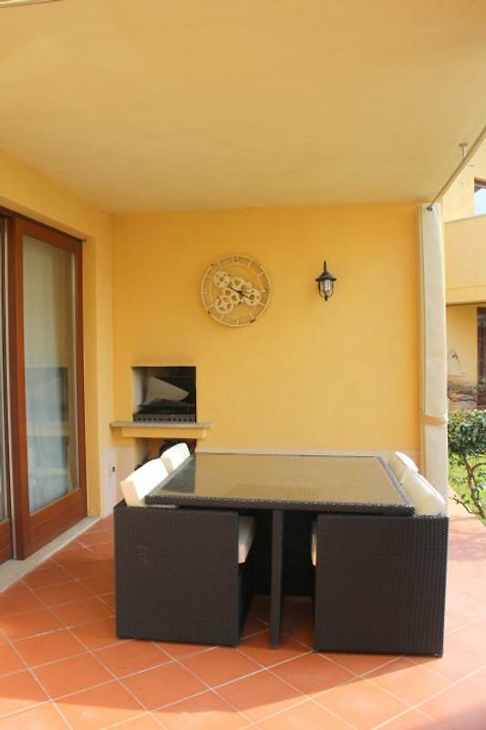 casa holger garda resort village ferienwohnung in sirmione mieten. Black Bedroom Furniture Sets. Home Design Ideas