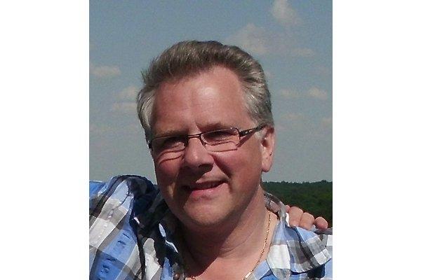 Mr. E. Von Streit