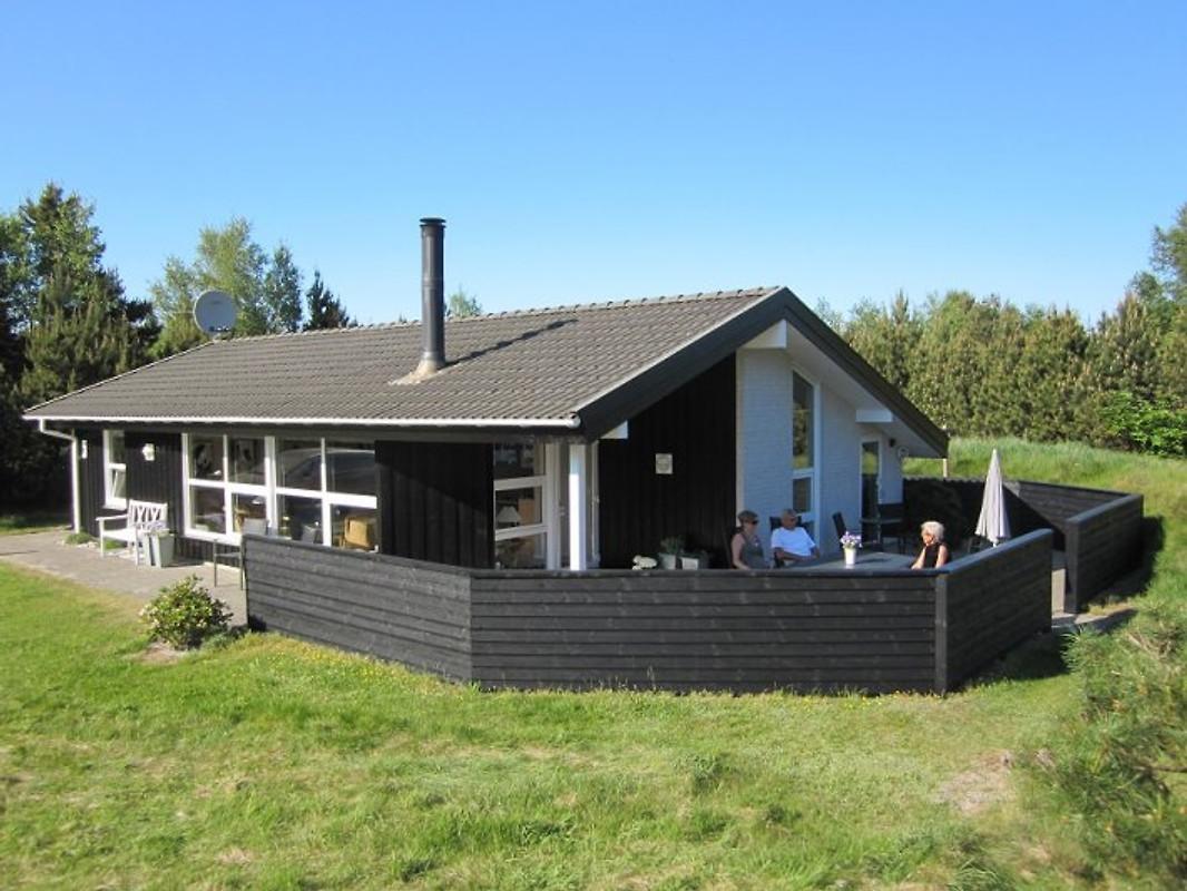 doppen 5 bratten 9981 jerup ferienhaus in bratten mieten. Black Bedroom Furniture Sets. Home Design Ideas