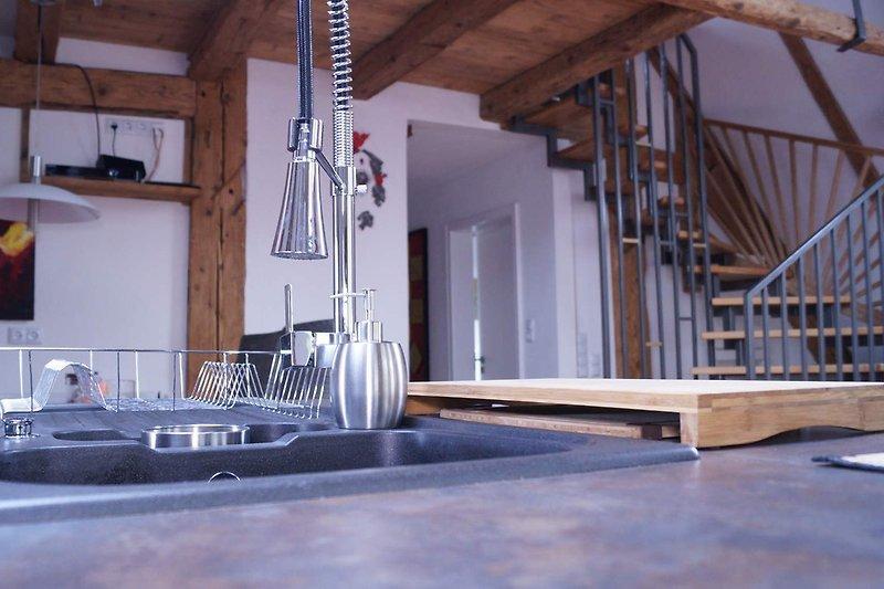 Offener Wohn-Essbereich mit Küche