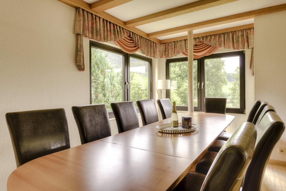 seeblick ferienhaus in winterberg mieten. Black Bedroom Furniture Sets. Home Design Ideas