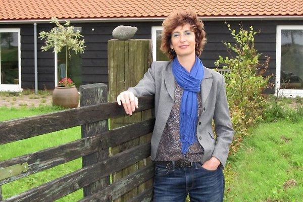 Sig.ra S. Van der Beek