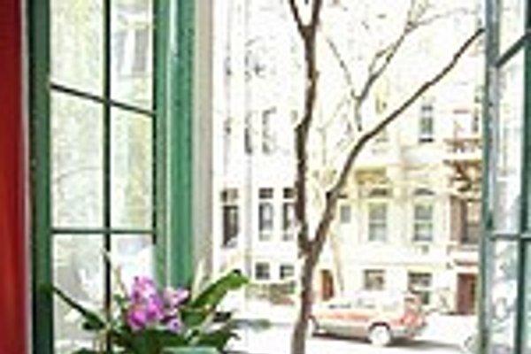 Victorian Beauty in New York City - Bild 1